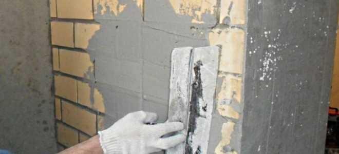 Как оштукатурить кирпичную стену в квартире своими руками
