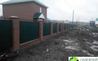 Кирпичный забор (кирпичные столбы)