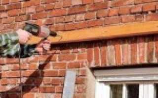 Крепление деревянного бруса к кирпичной стене – особенности технологии