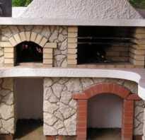 Строим из кирпича мангал с коптильней на даче