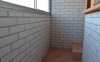 Чем и в какой цвет покрасить кирпичную стену на балконе (сравнение красок)