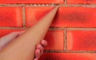 Затирание швов между гипсовыми плитками